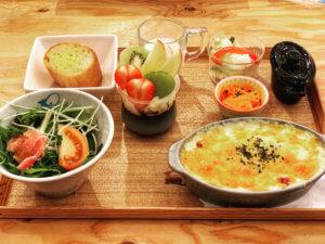 Cafe de Lyon Palette(名古屋市)訪問レポート〜尼ヶ坂駅の高架下にあるおしゃれスポット〜